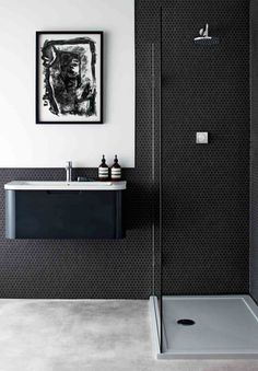 Modern Bathroom Suite Buying Guide Interior decor styles come and go with increasing rapidity. Bathroom Trends, Bathroom Renovations, Modern Bathroom, Black Bathrooms, Bathroom Ideas, Luxury Bathrooms, Bathroom Marble, Boho Bathroom, Shower Ideas