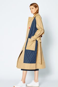 Tibi Resort 2019 Fashion Show Collection: See the complete Tibi Resort 2019 collection. Look 32 Fashion Week, Winter Fashion, Fashion Outfits, Womens Fashion, Girly Outfits, Trendy Outfits, Vogue, Denim Mantel, Coats For Women