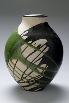 I love how the green and black glaze intersect