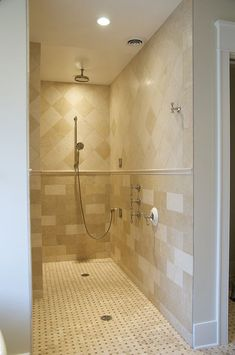 Love the walk in shower - no shower doors to clean!