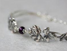 Ruusurannekoru lusikkakorut, uusiokorut, hopeakorut, hopeatyöt, rannekoru, handmadejewelry, silverjewelry, spoonjewelry, silverspoonjewelry, bracelet