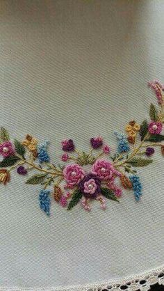 Getting to Know Brazilian Embroidery - Embroidery Patterns Brazilian Embroidery Stitches, French Knot Embroidery, Types Of Embroidery, Hand Embroidery Stitches, Silk Ribbon Embroidery, Embroidery Techniques, Embroidery Kits, Floral Embroidery Patterns, Hand Embroidery Designs