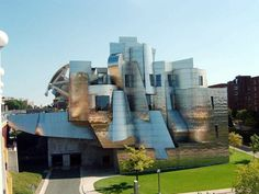 Weisman Art Museum in Minneapolis, MN (designed by Frank Gehry)