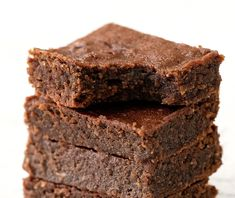 3 Ingredient Keto Nutella Brownies Ketogenic Desserts, Low Carb Desserts, Sweet Desserts, Dessert Recipes, Diabetic Desserts, Sugar Free Chocolate, Best Chocolate, Chocolate Hazelnut, Brownie Recipes