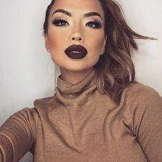 """ Lips/ MANBUN #lippiepaint @tartecosmetics  Lashes / ICONIC @houseoflashes  Eyes / Gwen stefani palette in Pop, baby (lid) Anahiem and Punk (crease)…"""