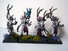 Dryad Unit the Pink Leaves Warhammer Wood Elves, Warhammer Figures, Warhammer Fantasy, Tree People, Wood Elf, Fantasy Battle, War Hammer, Pink Leaves, Fantasy Miniatures