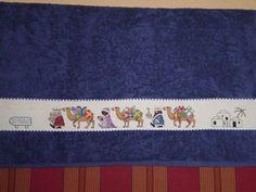 Resultado de imagen para toallas navideñas en punto de cruz nacimiento
