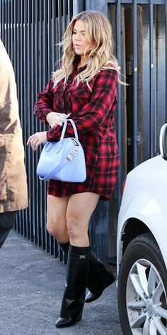 Khloe kardashian leaving a studio in L.A. (March 23, 2015), wearing Givenchy Shark Lock Fold-Over Leather Boots and a Givenchy 'Antigona' purple mini leather bag. #khloekardashian #style