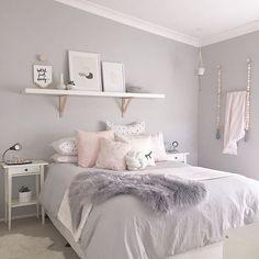 room makeover for kids 37 Cute Teen Bedroom Designs In Vintage Style Cute Teen Bedrooms, Teen Bedroom Designs, Bedroom Themes, Vintage Teen Bedrooms, Teen Bedroom Colors, Light Gray Bedroom, Light Pink Bedrooms, Design Bedroom, Bedroom Ideas Grey
