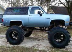 K5 Chevy Blazer mud truck