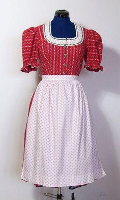 Trachtenmode - Vintage Dirndl mit Schürze, rot, Gr.38 - ein Designerstück von vampertinger bei DaWanda