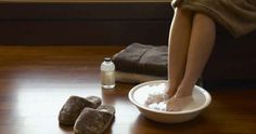"""Soluția care """"absoarbe"""" orice tip de dureri din picioare"""