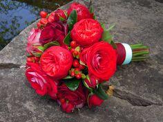 Red Garden Rose and Hypericum Berry Bouquet -- love hypericum berries as an accent!!!!