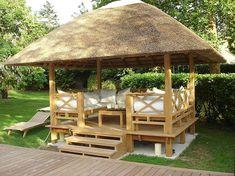Un gazebo en bois dans votre jardin saura parfaitement sublimer votre exterieur. Ou? Comment? Decouvrez le sur notre blog!