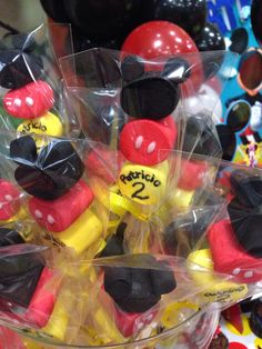 Mickey Mouse Treats, Fiesta Mickey Mouse, Mickey Mouse Parties, Baby Mickey, Mickey Party, Minnie Mouse Birthday Theme, Mickey Mouse Birthday Decorations, Mickey 1st Birthdays, Birthday Party Tables