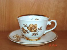 Arabia Myrna kahvikuppi, C 2144 Coffee Cups, Tea Cups, Nostalgia, I Cup, Drinking Tea, Finland, Reuse, Good Times, Vases