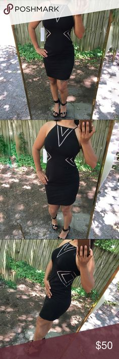 Sexy Black dress Extremely sexy and seductive! This dress is made by hand out of very very nice material! The quality of this dress is EXCEPTIONAL!!! Really ladies, appreciate a good dress when you see one! This will make a lovely addition to any woman's closets!!!! 😘💁🏽 Aidan Mattox Dresses Backless