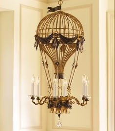 Love this air balloon steampunk chandelier. a touch of whimsy . a touch of Victorian. Casa Steampunk, Steampunk Bedroom, Steampunk Design, Steampunk Wedding, Victorian Steampunk, Steampunk Fashion, Steampunk Home Decor, Steampunk Interior, Steampunk Cosplay