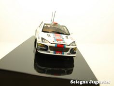 ford focus wrc 2001 mcrae auto art escala 1-43 (7)