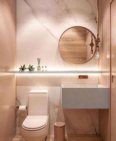Lavabo com espelho redondo e luminária pendente! 😍 . . Via