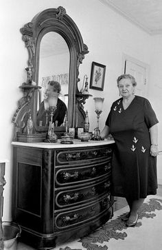 Pauline Tabor (Webster), who formerly was the madam of one of the Souths most widely known houses of prostitution, shows off May 5, 1973 some of the items from her home in Bowling Green, Ky., that will be up for auction later in the month.