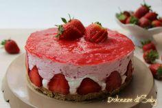 cheesecake alle fragole (con agar agar) Agar, Desserts, Food, Tailgate Desserts, Deserts, Eten, Postres, Dessert, Meals