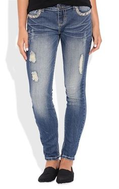 Deb Shops Vanilla Star Skinny Jean with Destruction and Sequins $26.25