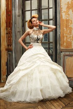 Chic Collection of Vintage Wedding Dresses with Black Lace