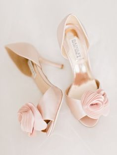 Wedding shoes idea;  Featured Photographer: Amy Arrington Photography