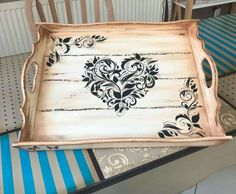 Tepsi Palet Projects, Chalk Paint Projects, Wood Projects, Wood Crafts, Diy And Crafts, Wood Burning Patterns, Painted Trays, Craft Show Ideas, Wood Tray