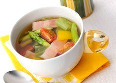 ベーコンとアスパラガスのコンソメスープ (レシピNo.2273)ネスレ バランスレシピ  http://p.nestle.jp/pint_recipe/