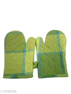 Oven Gloves HOMEFLY Cotton Micro Oven Glove Material: Cotton Pattern: Printed Pack: Pack of 2 Product Length: 12 Inch Product Breadth: 6 Inch Sizes Available: Free Size   Catalog Rating: ★4.3 (228)  Catalog Name: Essential Oven Gloves CatalogID_1818351 C129-SC1636 Code: 261-10120546-582