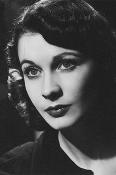 viviensleigh: Vivien Leigh photographed by Angus Mcbean, 1930s