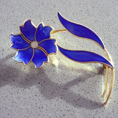 Elvik Norway Sterling Silver Bright Blue Enamel Flower Brooch