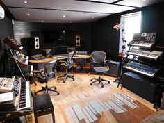 The latest studio construction project by the Miloco Builds team is now complete! Check out the brand new studio for Anjunabeats act and founders, Above & Beyond …. Music Recording Studio, Audio Studio, Music Studio Room, Recording Studio Design, Home Studio Setup, Studio Build, Dream Studio, Studio Interior, Studio Ideas