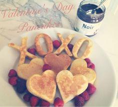 The HONEYBEE: Valentines Day Pancakes