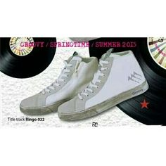 By @dmr_mancini http://www.depop.com/dmr_mancini  AGLA GROOVY - RINGO 022 - SNEAKERS DA UOMO   MADE IN ITALY  - Lacci grigi di ricambio compresi!! EUR 40 /41/ 42/43/44 SS COMPRESE! Si consiglia di acquistare un numero in più rispetto al proprio! #Sneakers #Sneakersdauomo #scarpe
