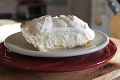 Best Coconut Cream Pie EVER! I really wish I had a piece of this right now.