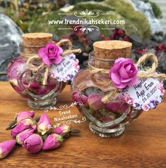 Dry rose buds candle - My Wedding Bottle Art, Bottle Crafts, Wedding Candy, Wedding Favors, Easy Diy Crafts, Home Crafts, Balloon Decorations, Wedding Decorations, Wedding Gifts For Guests