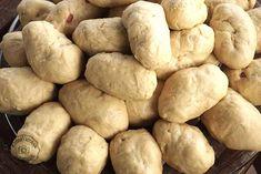 zymi-piroski Greek Dishes, Potatoes, Bread, Vegetables, Food, Potato, Brot, Essen, Vegetable Recipes