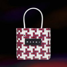 BUYMA MARNI★マルニマーケット スクエアショッピングバッグ [直営店] 40492555 Knitted Bags, Knit Bag, Reusable Tote Bags, Louis Vuitton, Crochet Pouch, Plastic Bags, Weaving Patterns, Purses, Totes