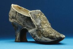 1751 Shoe worn by Lovisa Ulrika (Royal Armoury, Skokloster Castle and The Hallwyl Museum - Stockholm Sweden) | Grand Ladies | gogm