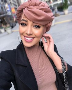 Turban Hijab, Mode Turban, Hijab Wear, Modest Fashion Hijab, Casual Hijab Outfit, Islamic Fashion, Muslim Fashion, Ghanaian Fashion, African Fashion