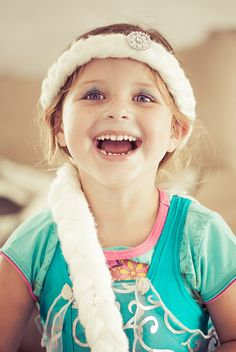 Princess Kenya Elsa Frozen, Kenya, Little Ones, Winter Hats, Princess, Architecture, Children, Fashion, Arquitetura