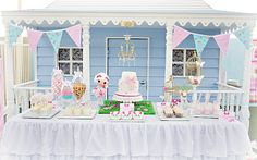 Beautiful sweets table (with Lala Loopsy theme)