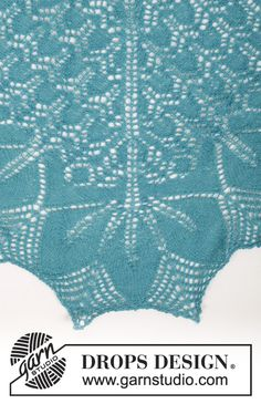 """Knitted DROPS shawl with lace and leaf pattern in """"Lace"""" or """"Alpaca"""". ~ DROPS Design DROPS 161-12"""