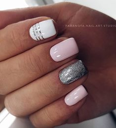 36 Sparkle Glitter Acryl Nail Designs Ideen für Short Square & Mandelnägel – Nails, You can collect images you discovered organize them, add your own ideas to your collections and share with other people. Stylish Nails, Trendy Nails, Cute Nails, Best Acrylic Nails, Acrylic Nail Designs, Milky Nails, Short Nails Art, Short Pink Nails, Short Nail Designs