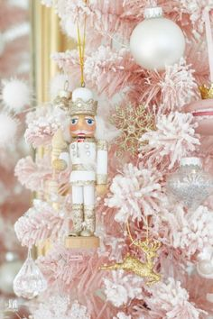 Whimsical Christmas Kitchen In Pastels - Summer Adams Silver Christmas Decorations, Pink Christmas Tree, Christmas Room, Christmas Kitchen, Christmas Themes, Christmas Holidays, Nutcracker Christmas Decorations, Whimsical Christmas Trees, Christmas Gifts