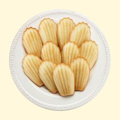 Traditional Madeleines from Donsuemor | Repin this during the month of May 2014 for the chance to win five boxes of Madeleines!