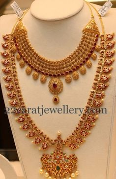 Unique exclusive uncut diamond necklace, ruby and diamond peacock design long mango haram or mango mala, manepally jewellers Indian Jewellery Design, Latest Jewellery, Indian Jewelry, Jewelry Design, Antique Jewellery, Kerala Jewellery, Designer Jewellery, Ethnic Jewelry, Designer Wear